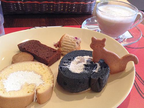 ねこロールケーキ